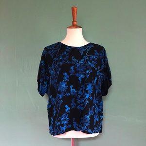 Tops - Batik short sleeve shirt